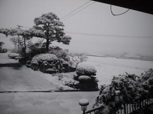 4月半ばで雪景色